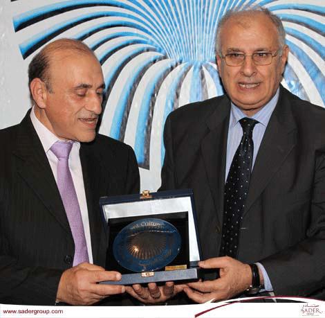 """تكريم عائلة """"صادر"""" في المهرجان اللبناني للكتاب"""